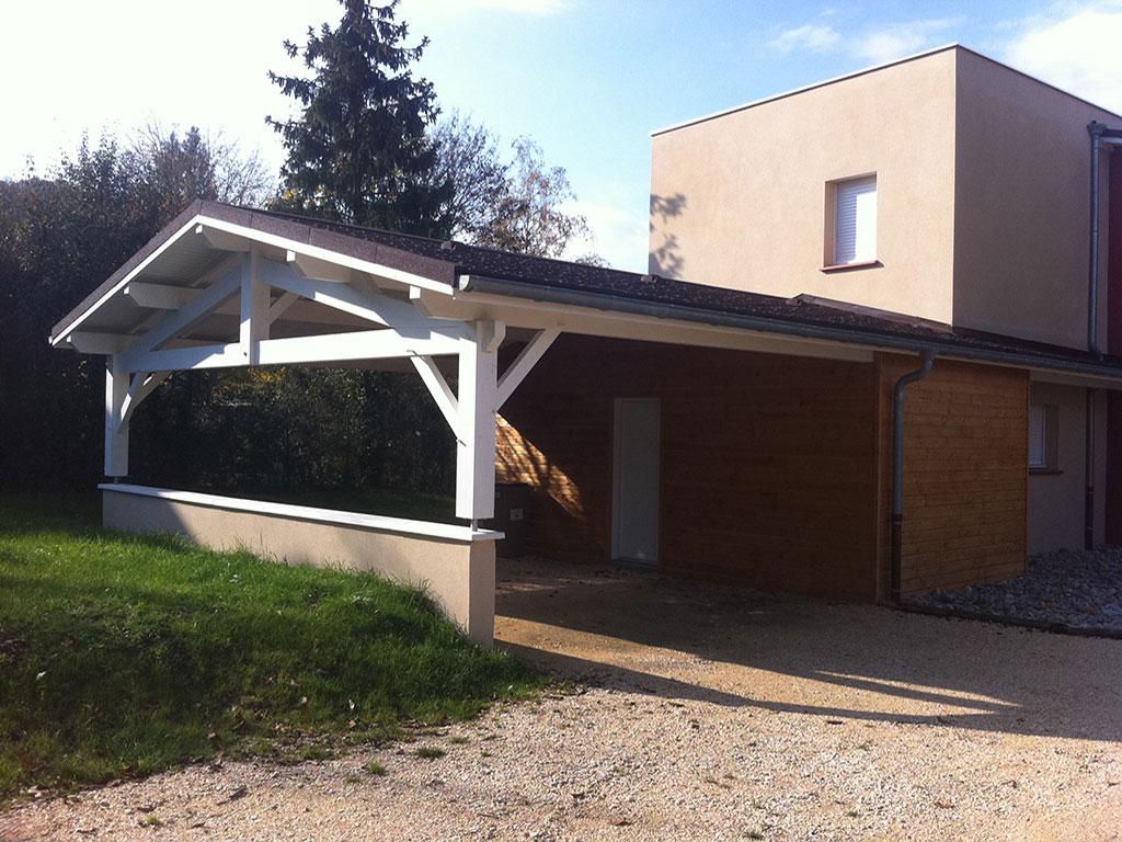 Maison ossature bois abris jardin piscine voiture Voiron Isère 38